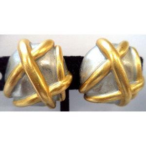 Vintage Carolee abstract modern clip earrings